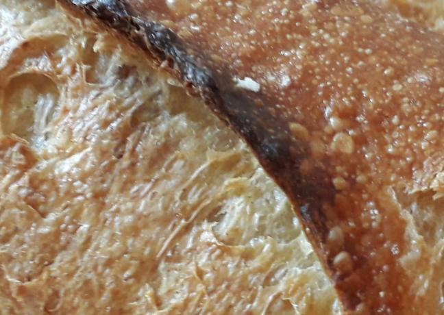 La meilleure baguette de tradition française, fabriquée par Medhi Courgey, boulanger à Morteau (25) - Photo Région Bourgogne-Franche-Comté